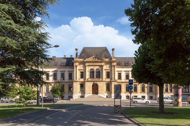 Uni Neuchâtel - Hauptgebäude